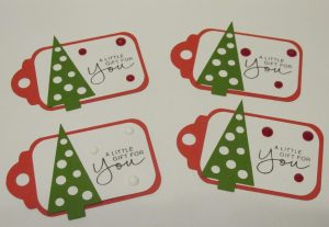 how to make small christmas tags with your cutting machine and a free SVG file