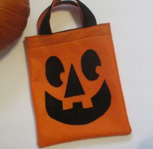 Finished DIY Trick or Treat Bag