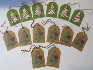 Christmas gift tags made in Cricut Craftroom