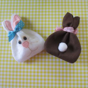 felt-easter-bunny-treat-bag